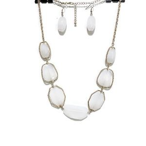 NECKLACE AND EARRINGS FAUX QUARTZ JEWELRY SET